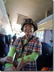 2-08タナカ(日焼け、美肌効果)を付けたMさん、ミャンマー人は男も女もつけている