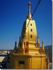 2-15黄金の仏塔
