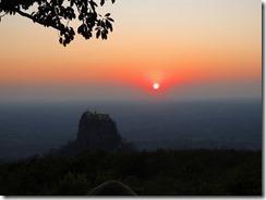 2-39ポッパマウンテインリゾートから見る夕陽とタウンカラッ、絵になりますね~