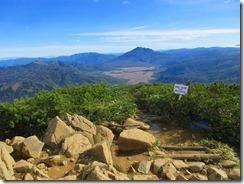 13山頂より燧ケ岳を望む その奥には会津駒ヶ岳