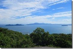 17山頂から玄界灘の眺め(この日は少しもやっていたので2015年10月5日の写真を参考により)