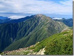 3-13山頂からの展望、南に赤石岳、聖岳