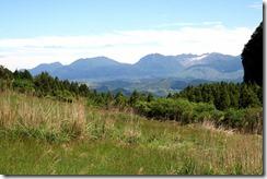 IMG_5636-登山道から遠望の九重連山