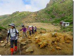 18避難木屋を出発、久住山を目指します