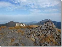 11御岳山頂、九州百名山1座目です