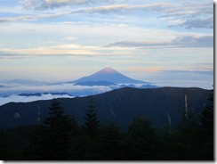 2-10千枚小屋より 富士山