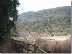 14田代原牧場の脇の木道 (7)