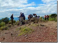 19護王峠から一登りで俵山