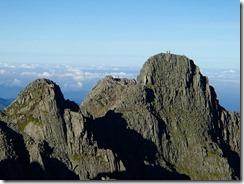 3-07最強のルート、ジャンダルムに登山者が二人