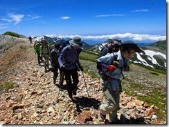 3-09一旦三県境まで引き返して小蓮華山へ