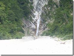 5-05滝も見えます