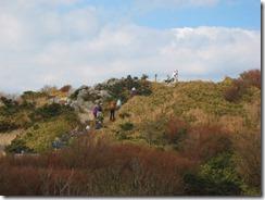 12井原山頂上を見る