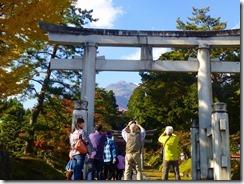 3-18岩木山神社から見る岩木山=百沢登山口