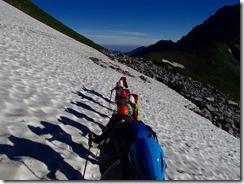 3-04雪渓のトラバース