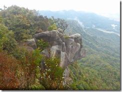 1-17亀次郎岩が見えています、後方は太郎丸岳?