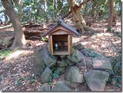 19祇園山の祠